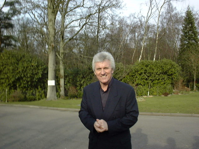Bruce Welch: With Bruce Welch On Tour With The Shadows